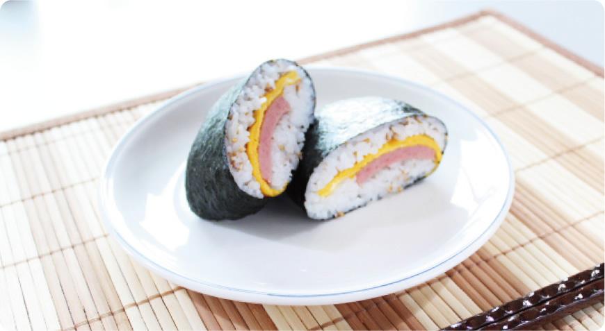 ご当地レシピ!沖縄県 ポークたまごおにぎり